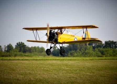Biplane_195